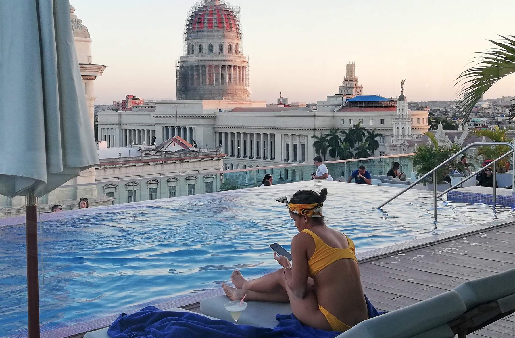 Swimming pool in Havana's rooftop